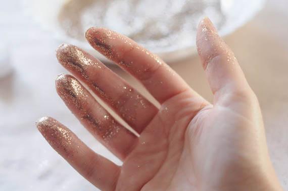 glitterhandimage