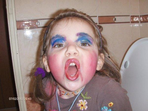 make-up-1k87l0x